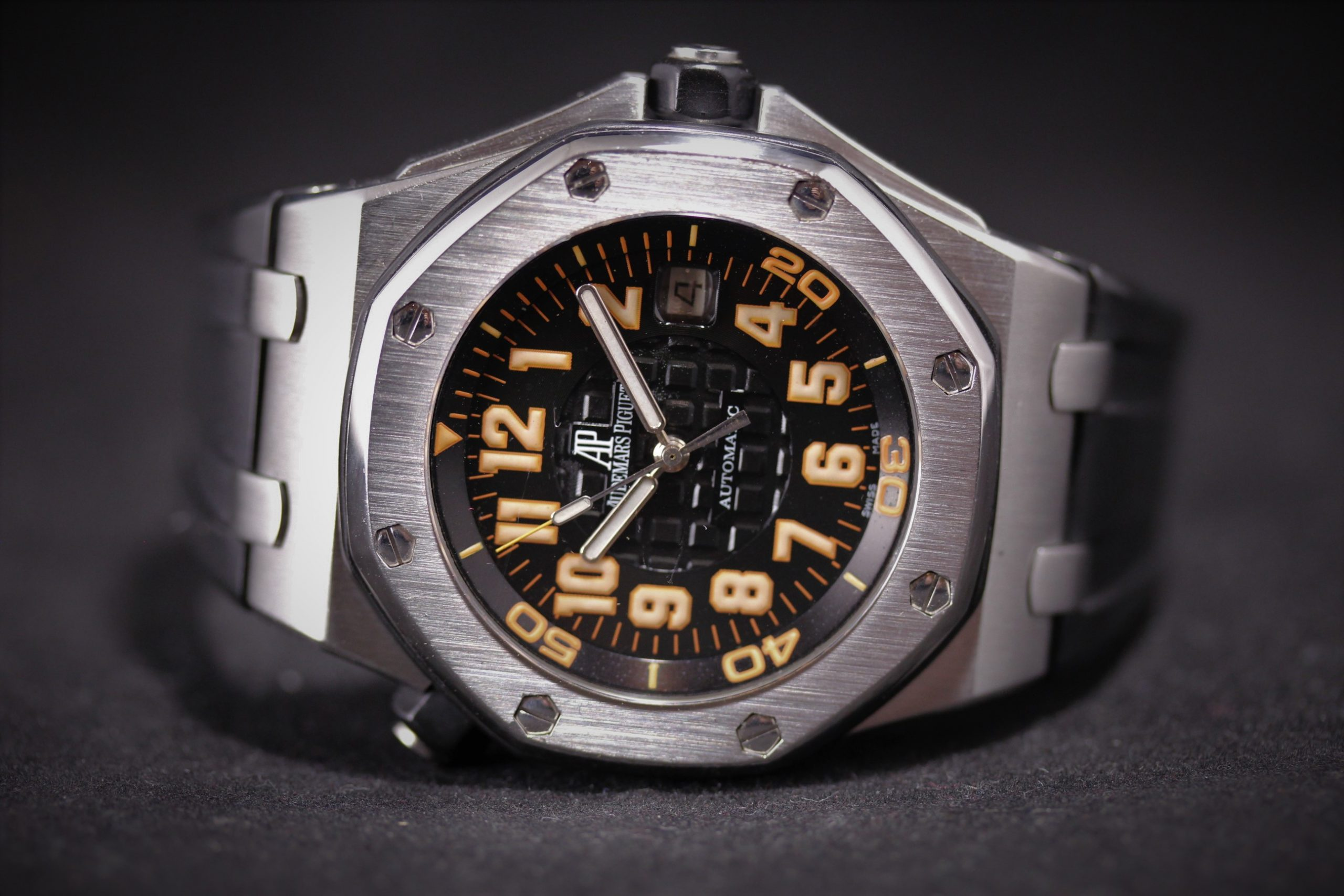 "Audemars Piguet Offshore Diver ""Scuba Orange"" Boutique Limited Edition"
